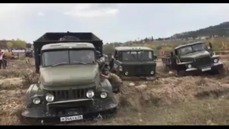 Кто круче Урал,ЗИЛ 131 или Газ 66- ZIL131 URAL GAZ66