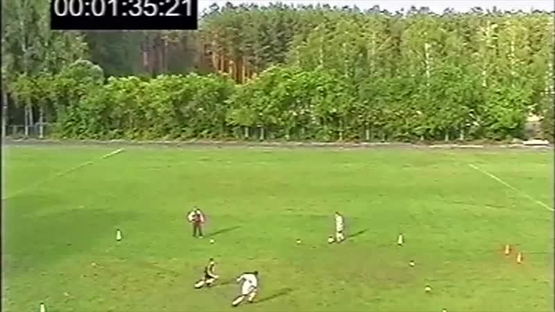 Упражнение Маятник с пасом ногой