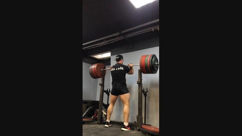 Фронтальные удержания 300 кг