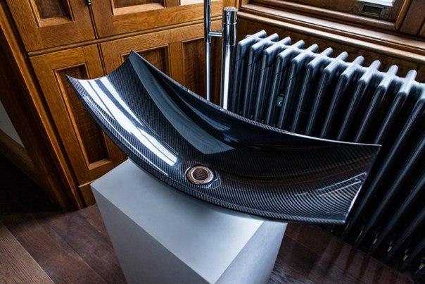 Необычная сантехника из углеродного волокна