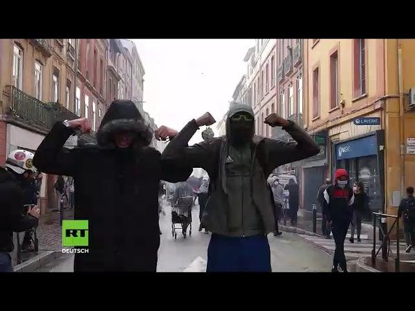 Auch in Toulouse bringen Hunderte Schüler und Studenten Wut und Protest auf die Straßen