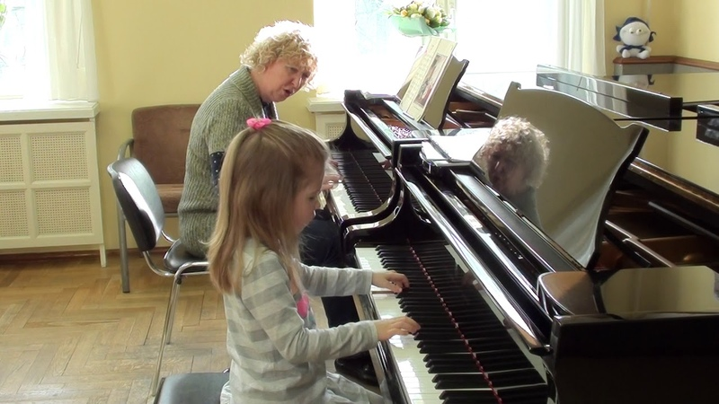 07 03 2019 Third lesson of Mira Marchenko with Ulyana Rodina classroom of the Central Music School