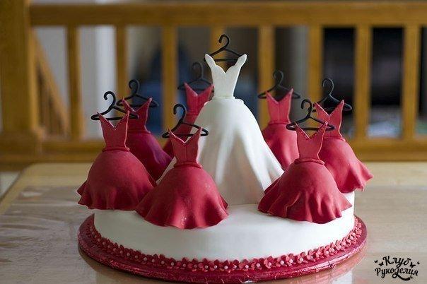 Оригинальный торт на девичник (1 фото) - картинка