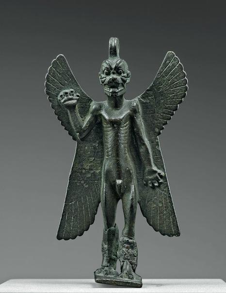 Статуэтка демона Пазузу, Месопотамия, 7-8 век до н. э.
