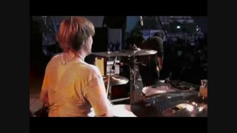 Gym Class Heroes feat. Estelle - Guilty As Charged (Live @ mtvU Sunblock Music Festival)