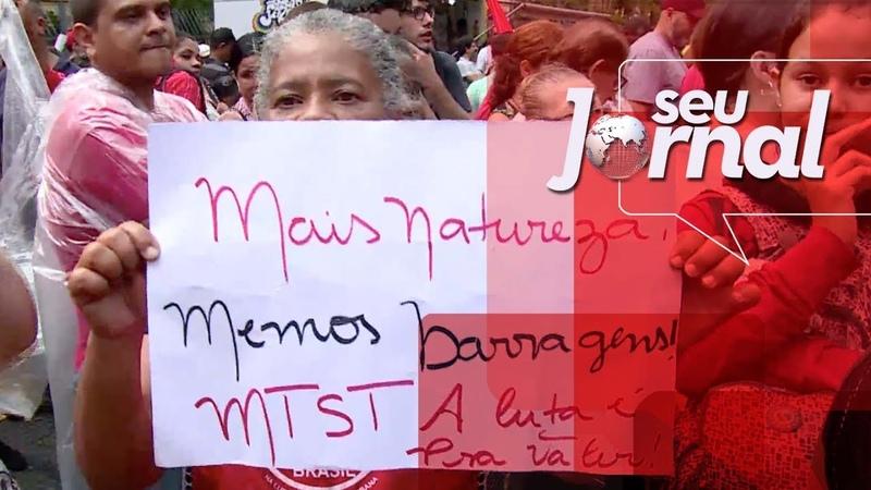 MTST faz ato em defesa das moradias para as pessoas mais pobres