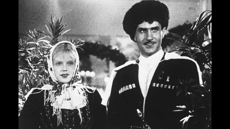 «Свинарка и пастух» — чёрно-белый фильм 1941 года, музыкальная комедия Ивана Пырьева