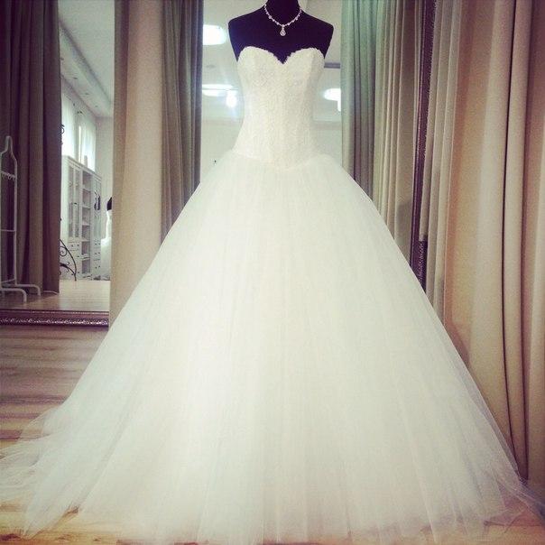 Новое шикарное платье в нашем салоне