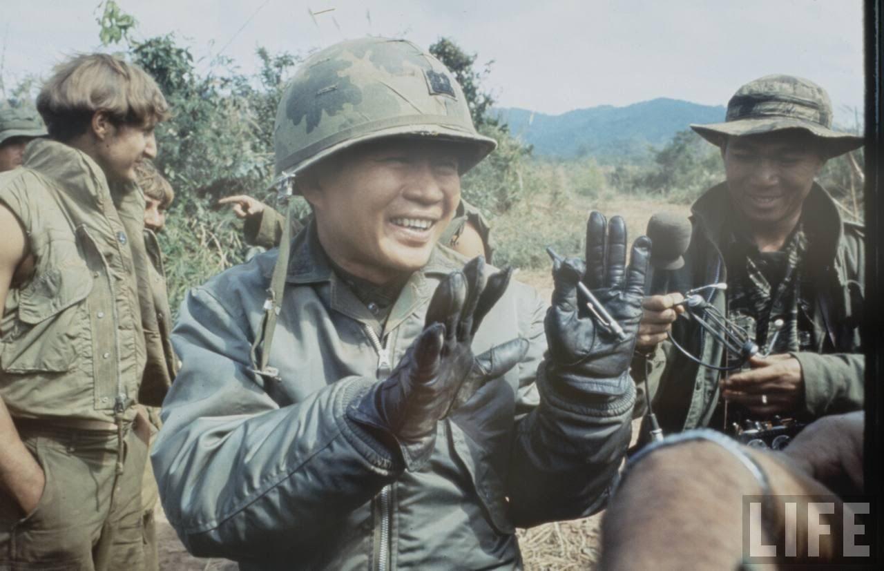 guerre du vietnam - Page 2 -Rvmssdac8I