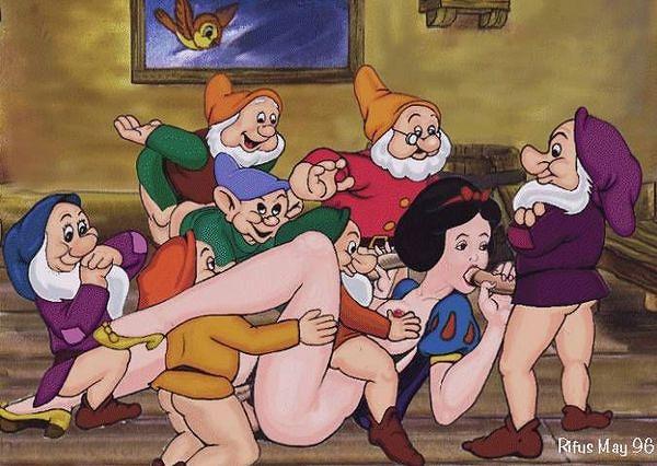 Семь гномов и белоснежка порно ролики.