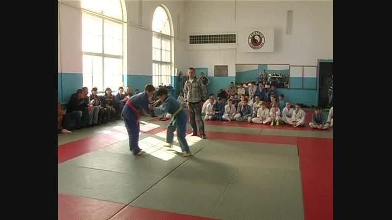 7 октября в городе Комсомольское прошло открытое первенство Старобешевского района по дзюдо среди юношей и девушек до 15 лет