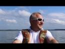 Гребу на лодочке, Валдайского озера и О! ЧУДО - Эйфелева Башня ( копия, конечно же;))!)
