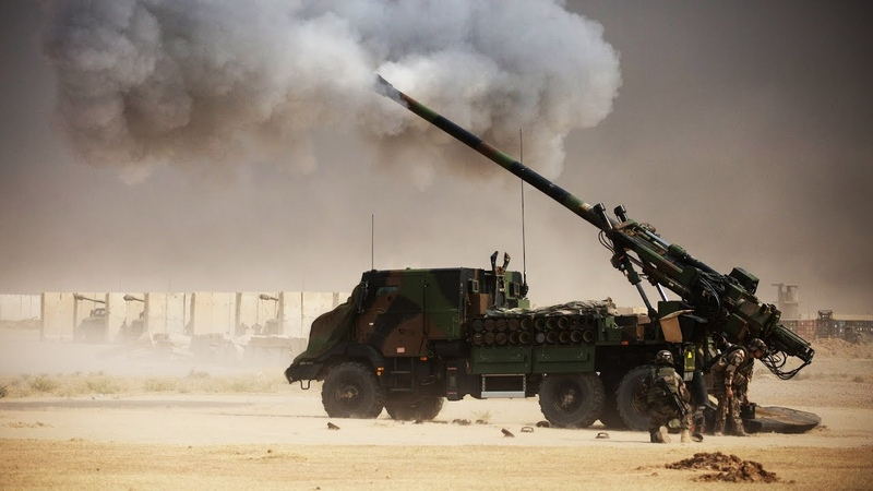 Iraq War - Battle of Mosul French CAESAR 155mm Artillery Fire M109 Paladins Fire Support
