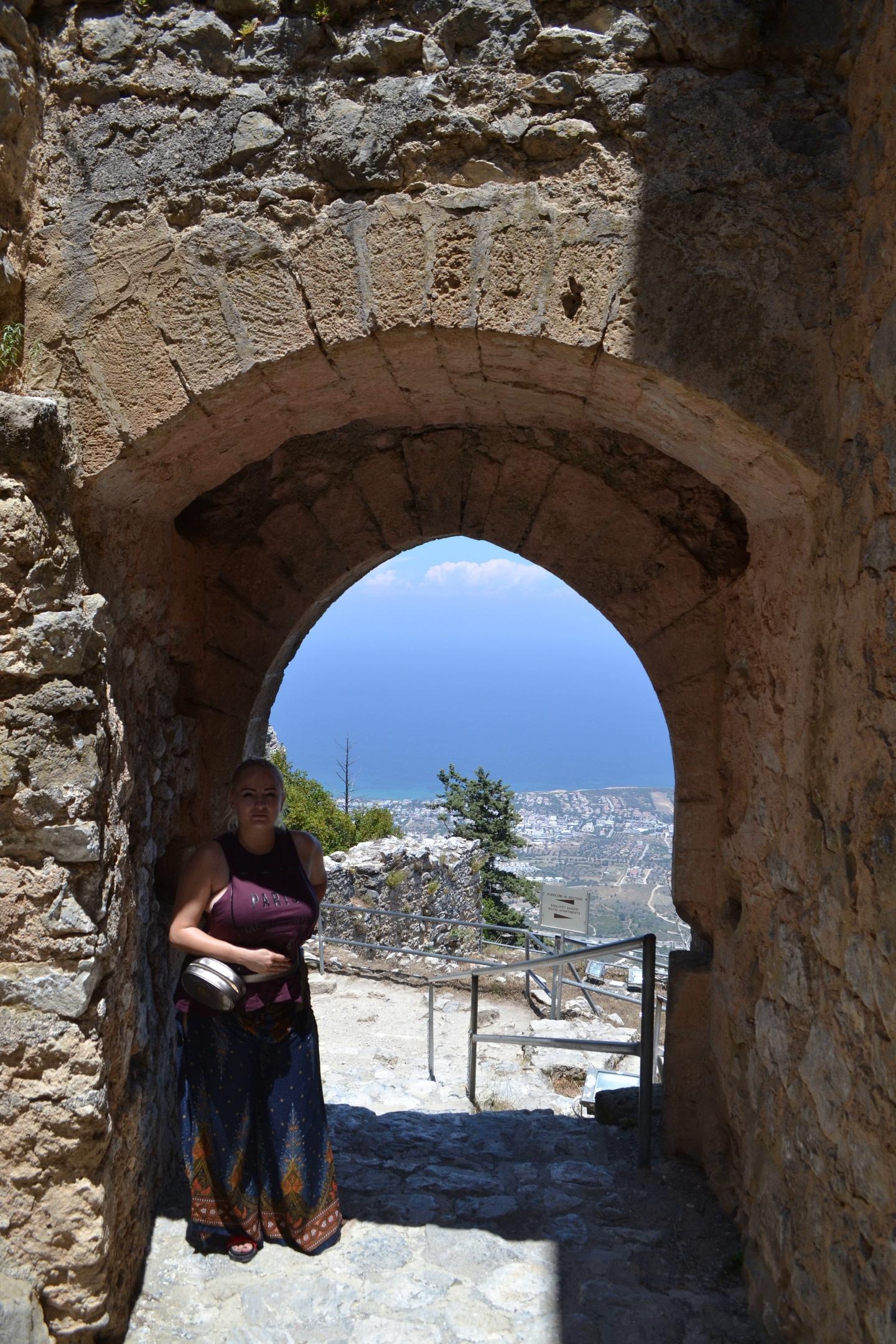 Северный Кипр. Замок Святого Иллариона. (фото). - Страница 2 QP-TxZl3G_c
