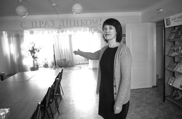 Заведующая библиотекой «Добродар» Виктория Корева