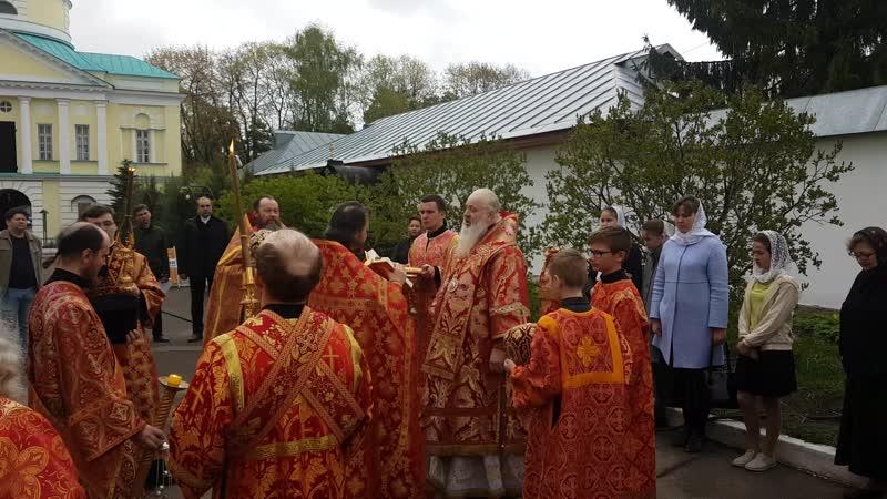 Торжественный Крестный ход с принесением Артоса в Свято Екатериненском мужском монастыре в Светлый Пасхальный Четверг