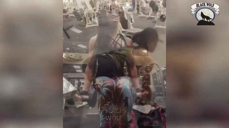 Азиатская МУСКУЛИСТАЯ Девушка - Бодибилдинг мотивация