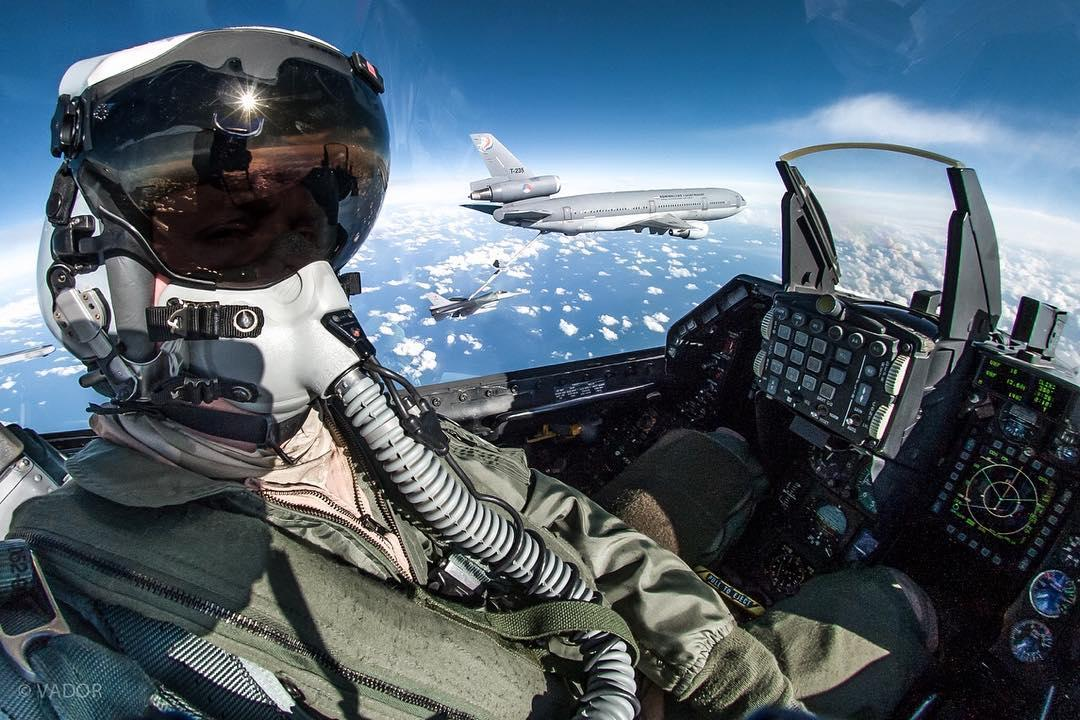 Летчик и фотограф Vador Skywalker