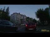 Обгон на пешеходном переходе. Ул.Дзержинского, д.5. Ауди н628ок123