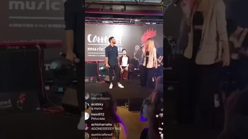 Agoney y Mimi cantando You and I' de Lady Gaga en la presentación del Carrefest en Madrid 7-6-18