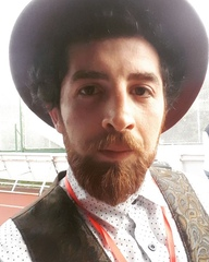 "Bartie on Instagram: ""Ia uite cine va saluta. #csd #carlasdreams 🎩"""