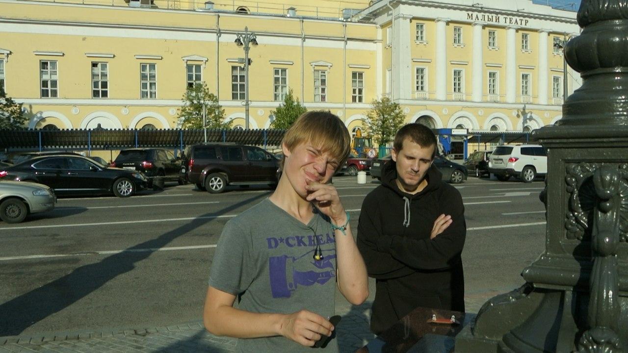 Денис Соловьянов, Про ФБ, магазин, фингерборд