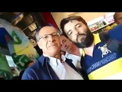 Geraldo Alckmin agride eleitor do Bolsonaro