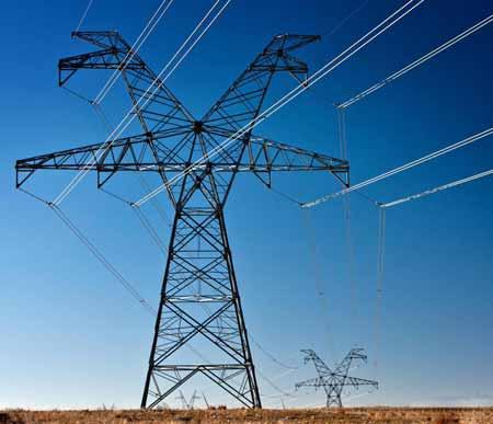 Неисправности в линиях электропередач могут привести к скачкам напряжения, которые необходимо защищать.
