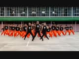 Prisons flash mob.Michel Jacksons song(its realy nice)