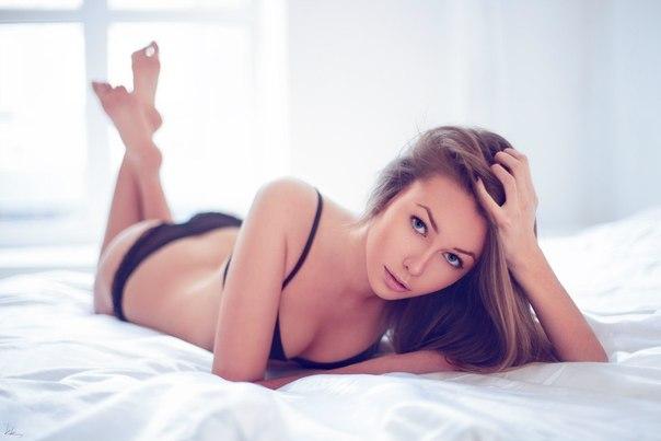 Amateur video skinny girlfriend with innocent look