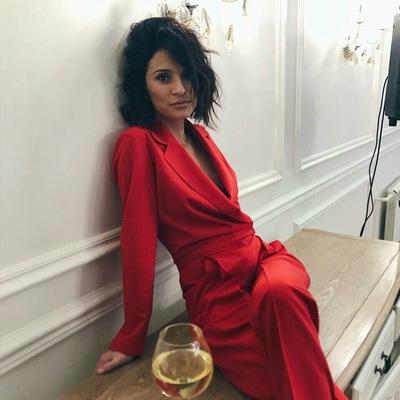 Лена Чатырова