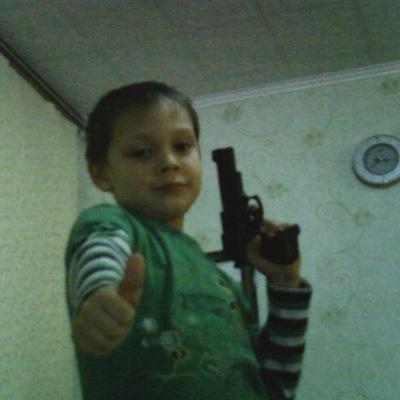 Рома Яшманов, 17 ноября 1983, Новочебоксарск, id162090222