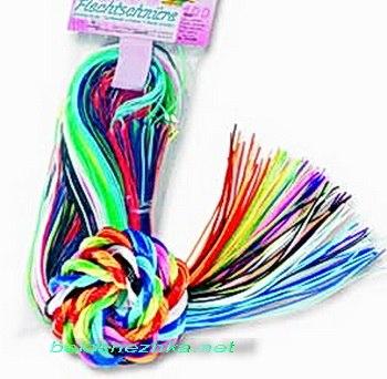 Набор для плетения из пластиковых трубочек Скубиду содержит 100 шт. трубочек длиной 100 см. в ярких тонах основной...