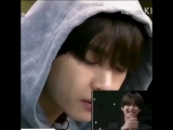 taehyungs reaction to himself eating food is the cutest thing ive ever seen he was so happy while watching it my adorable baby u