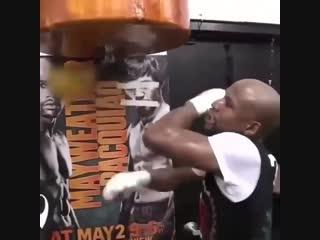 Кто хочет реванш Mayweather vs Pacquiao 2 ???