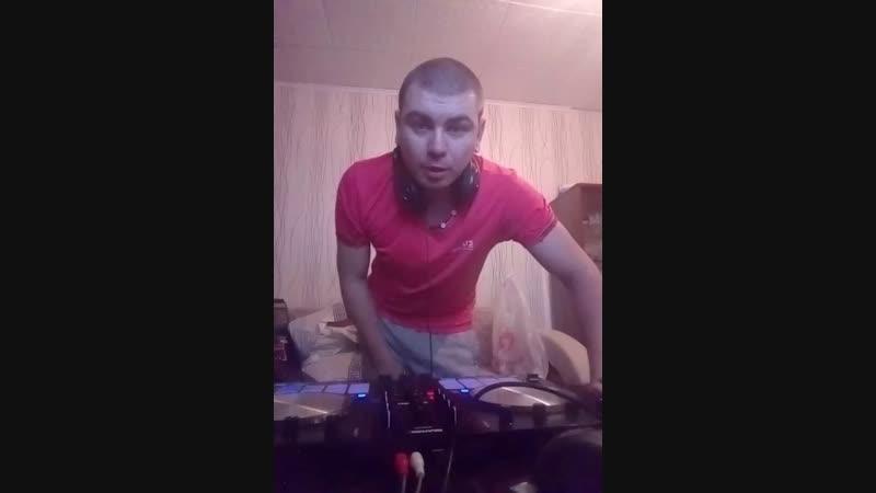 пишем DJ сэт
