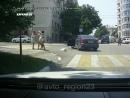 Драка девушек на дороге в Новороссийске
