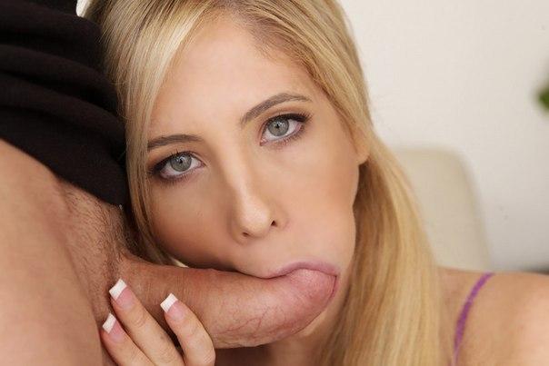 Blond pornslut doublefucked