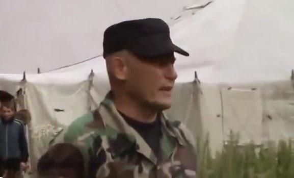 Смотреть порно неистовый секс с солдатом который зашел проведать свою подругу