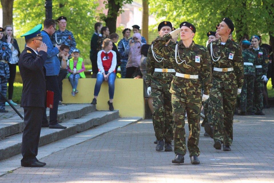 В Советске среди школьников определили лучший коллектив по строевой ходьбе