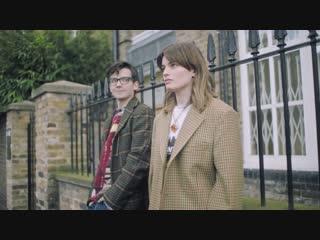 British slang/words with a netflix tv show cast