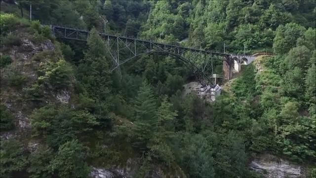 Freejump from the bridge