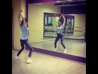 VOGUE- это новое танцевальное направление в нашей Школе Танцев