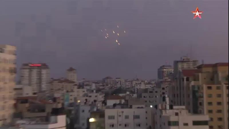 Палестинские боевики выпустили свыше 300 ракет по югу Израиля