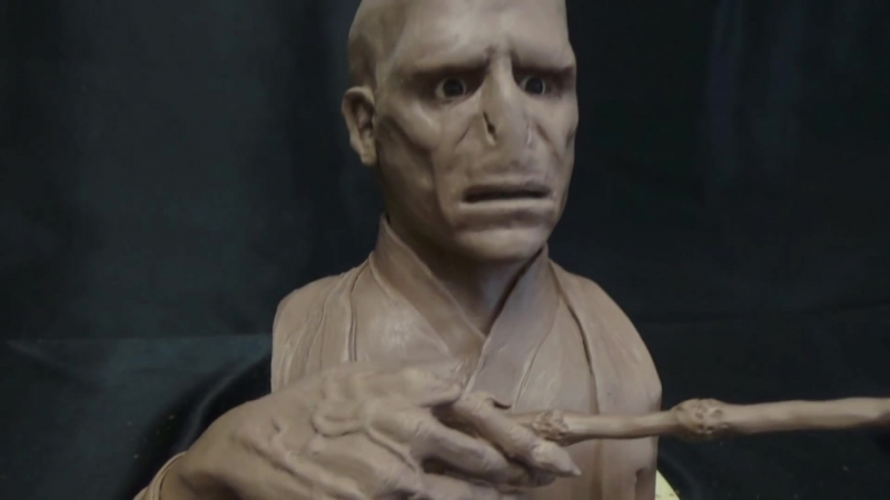 Скульптура персонажа Лорд Волан-де-Морт Том Марволо Реддл