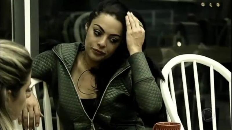 Monique Amin decide chamar Flávia para conversar