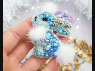 Милый зайка из бисера — evis_owl_jewelry