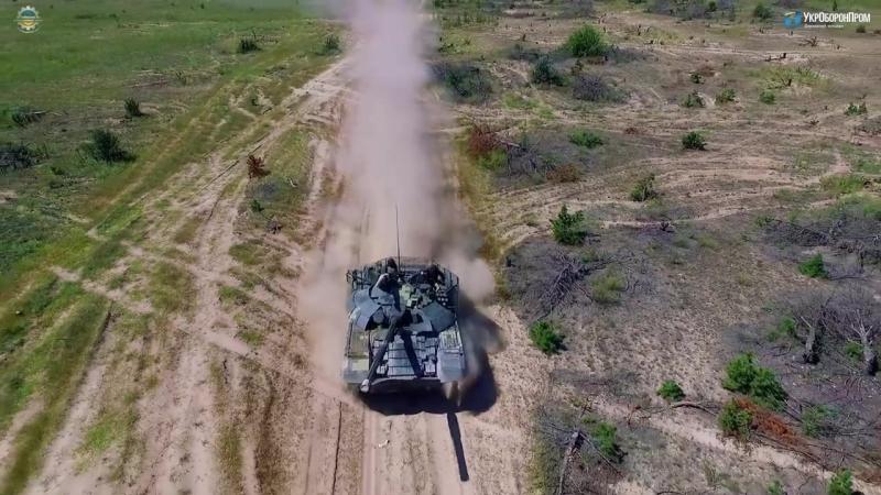 Порошенко на Украине испытывают модернизированный танк Т 72 АМТ