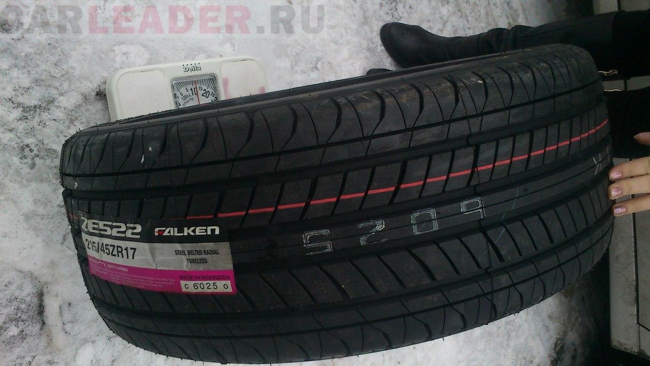 Falken ZE522 R17