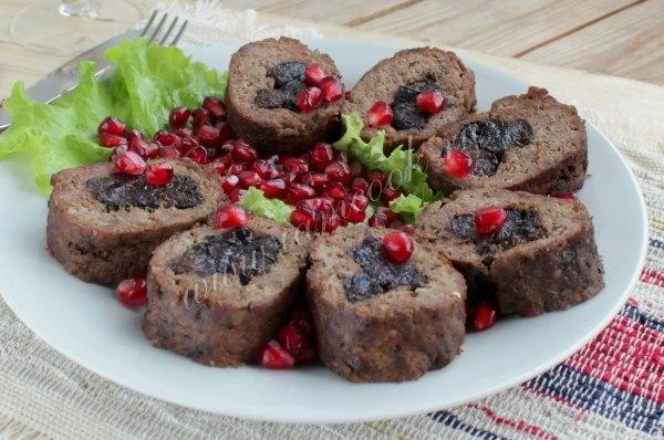 мясные рулетики черносливом рецепты фото
